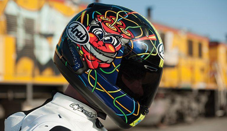 Factors clau a l'hora de triar un casc per anar en moto