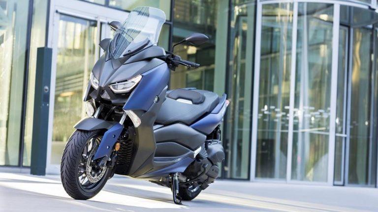 Yamaha X-MAX 400 2018, una scooter més àgil i maniobrable