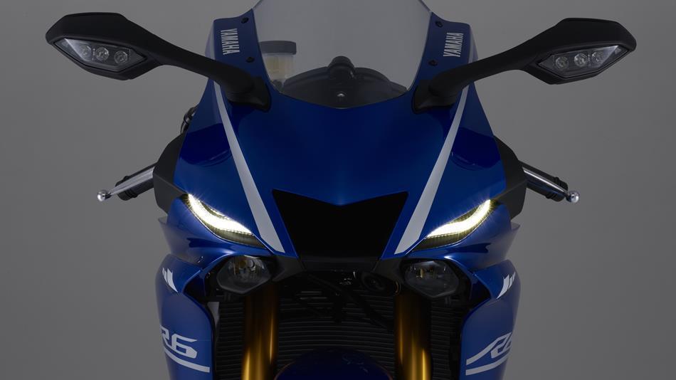 Yamaha YZF-R6 frontal