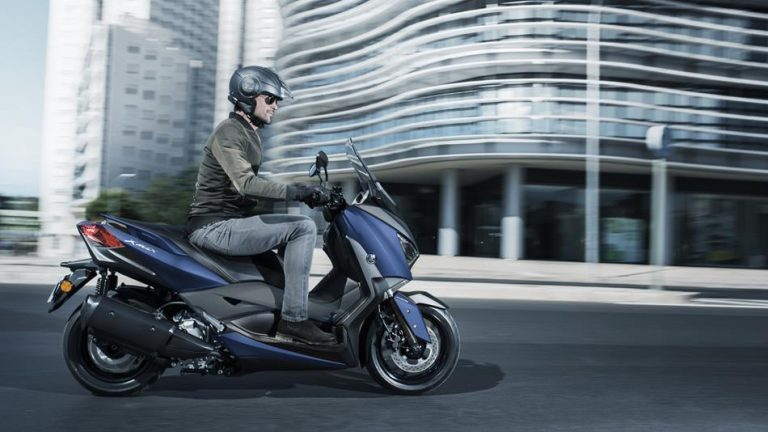 Yamaha Xmax 300 2018. Un scooter de caràcter business
